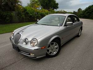 2000 Jaguar S-type - Pictures