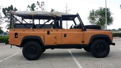 land rover defender  soft top beach truck