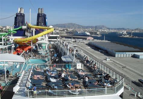 Norwegian Epic Photos  Cruise International