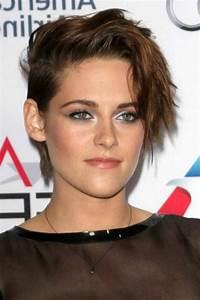Coupe Cheveux Asymétrique : coiffures coupes courtes femme kristen stewart et ses coiffures ~ Melissatoandfro.com Idées de Décoration