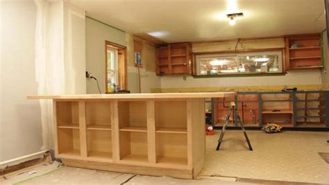 woodwork building  kitchen island  cabinets  plans