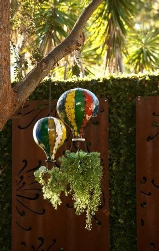 eeieeio hot air balloon hanging planter large