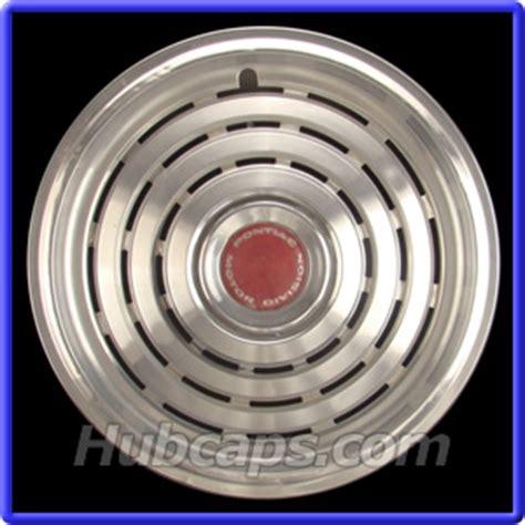 pontiac  hubcap