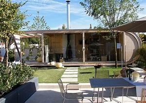 Gartenhaus Mit Lounge : gartenstudio und lounge im stil der leichtigkeit ~ Indierocktalk.com Haus und Dekorationen