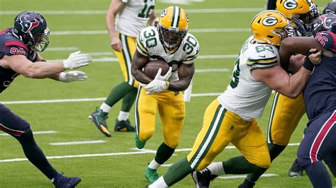 The Green Bay Packers' offensive line paves the way for ...