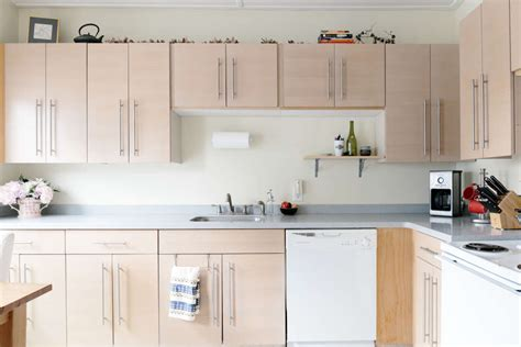 Cleaning Wood Cupboards by 10 Ways To Get Sticky Cooking Grease Cupboards Kitchn