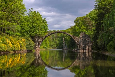A National Geographic Tour of Interesting Bridges Around ...