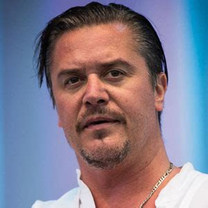 mike patton news pictures    mediamass