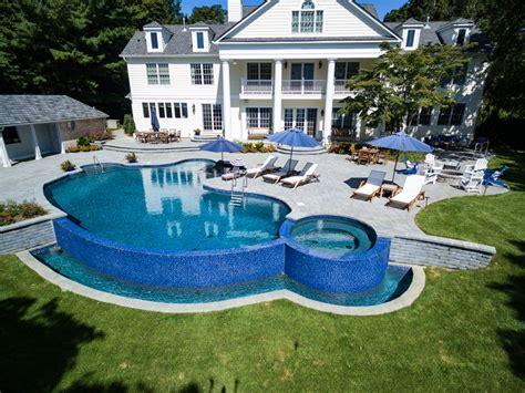 vanishing custom pool design  navesink nj   touch