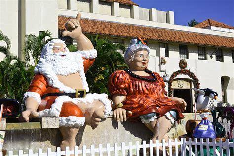 christmas   oahu including  major parades