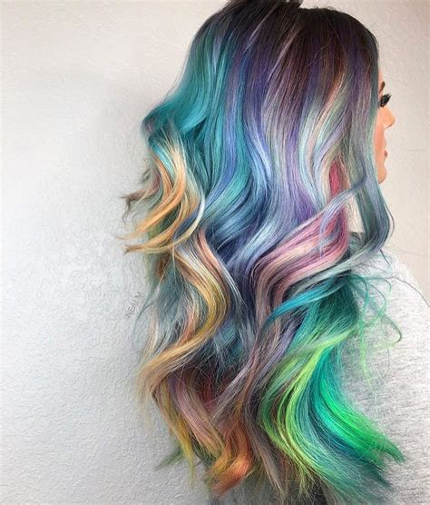 color shifting hairstyle trend  add  dash