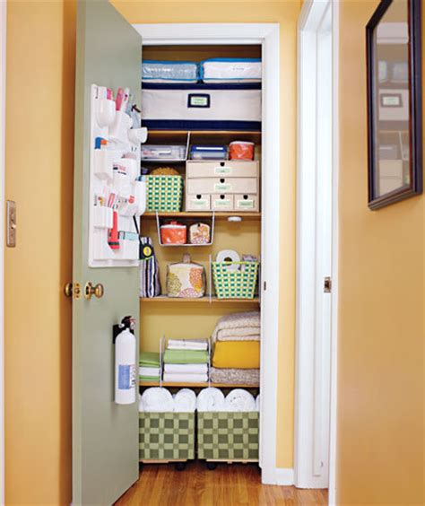 Simple Closet Organization by Linen Closet Get Organized With These Home Makeover