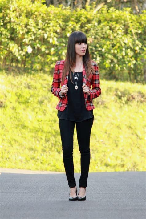 Outfit en negro con pantalones + blazer llamativo... - Blog de Moda Costa Rica - Fashion Blog