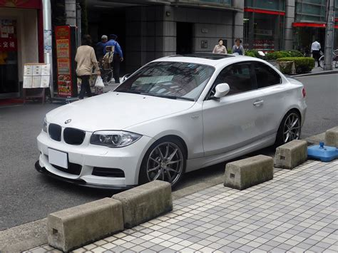 Bmw E82 by File Bmw 135i Coupe E82 Front Jpg Wikimedia Commons