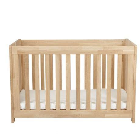 chambre bébé bois massif chambre bébé bois massif design d 39 intérieur et idées de