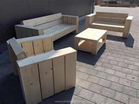 Recycled / Upcycled Pallets Furniture Projects