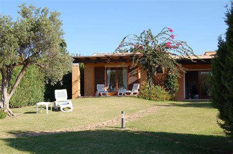Baia Chia Appartamenti by Chia Sardaigne Italie Sardegna