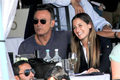 arielle kebbel nic roldan bruce springsteen supports daughter jessica at show
