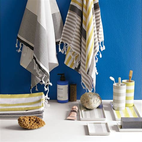 Blue Gray And Yellow Bathroom Accessories by 20 Rooms With Unique Decorating Details