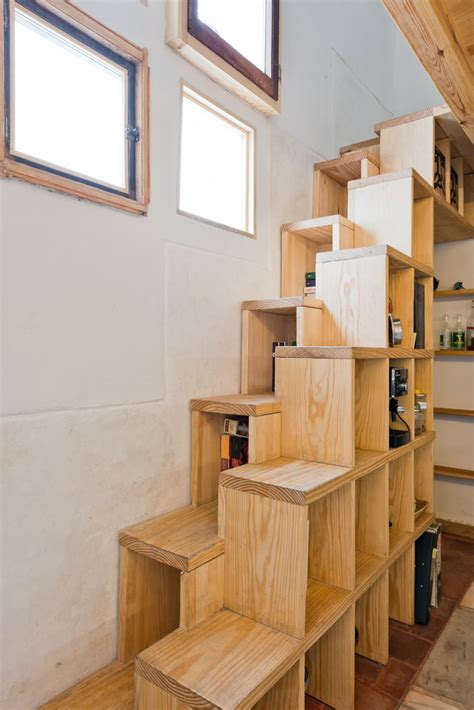 alternating tread stairs change  perspective   designs