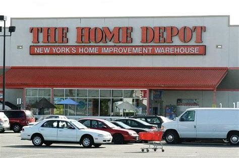 Home Depot Store Hours by Home Depot Worker Is Charged With Planting Pipe Bomb In Li