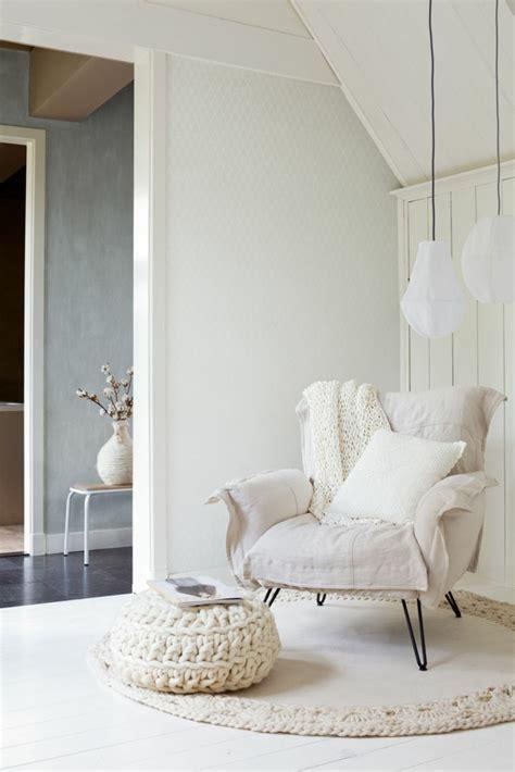 le fauteuil blanc comme decoration archzinefr