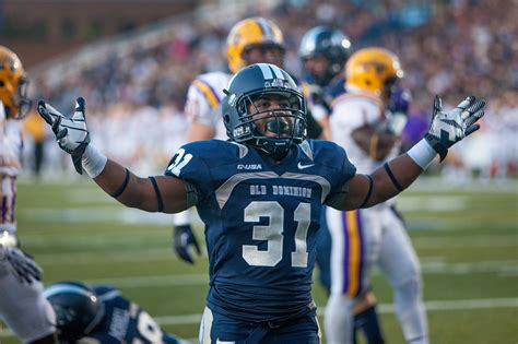 G5 SPORTS , NEWS AND ISSUES: ODU FALL FOOTBALL CAMP REPORT ...