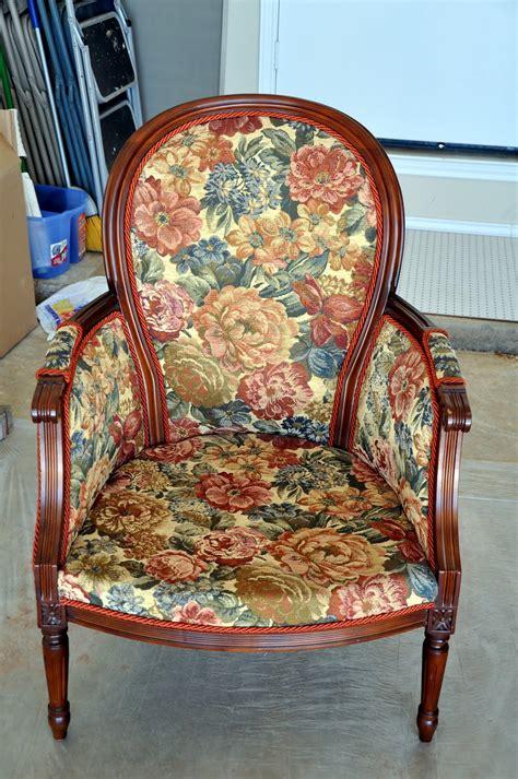 remodelaholic  hot seat chair reupholster