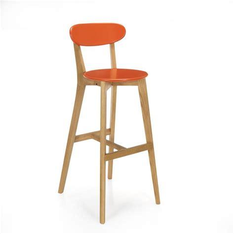 chaise haute b b pour bar chaise de bar design scandinave corail corail chêne siwa