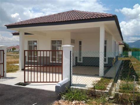 gambar pagar setengah beton rumah zul