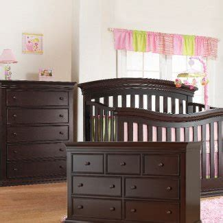 this sorelle 3 set in espresso includes the crib to size convertible verona crib 5