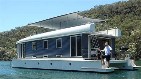 Fixer Upper Houseboat Couch by 17 Best Ideas About Houseboats On Pinterest Houseboat