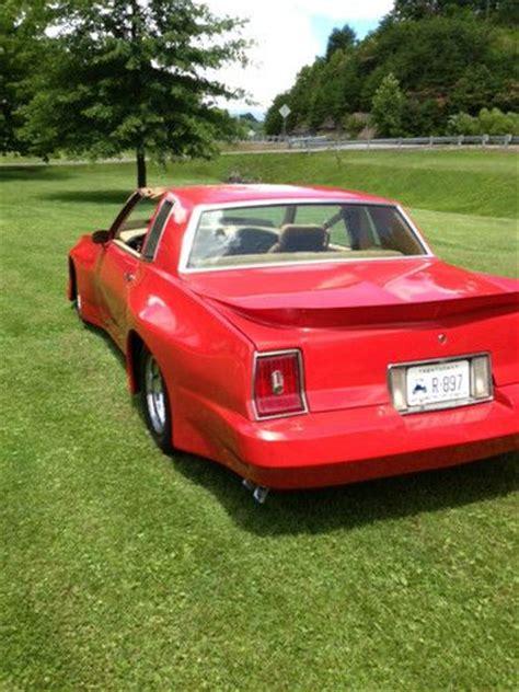 buy   pontiac grand prix brougham coupe  door