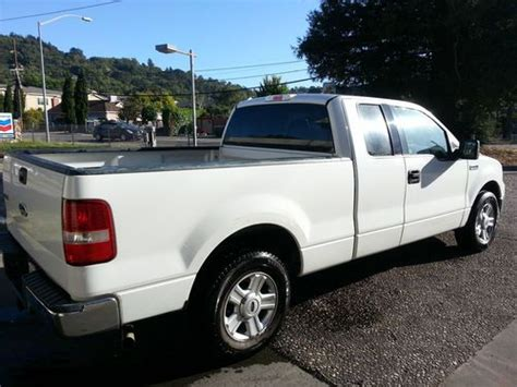 Sell Used 2004 Ford F-150 Xlt Extended Cab Pickup 4-door 5