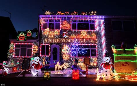Up Decorations Uk by Hedge End Neighbours Join Forces To Transform Residential