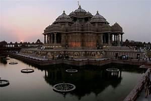 Inside Akshardham Temple Delhi 58064   NOTEFOLIO