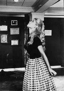 Style Der 50er : making the fifties modern reiss blog checkered skirt fifties fashion and 50 fashion ~ Sanjose-hotels-ca.com Haus und Dekorationen