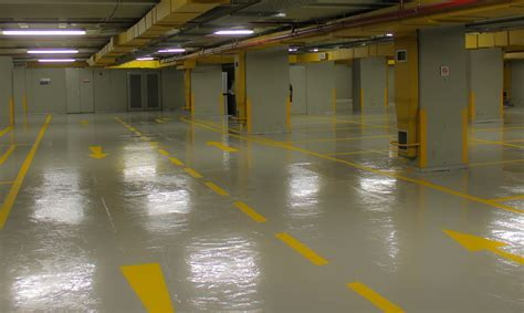 Epoxy vs polyurethane floors. What are the differences