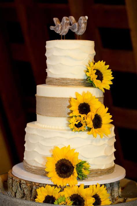 Ivory Wedding Cake With Sunflowers Ivory Wedding Cake