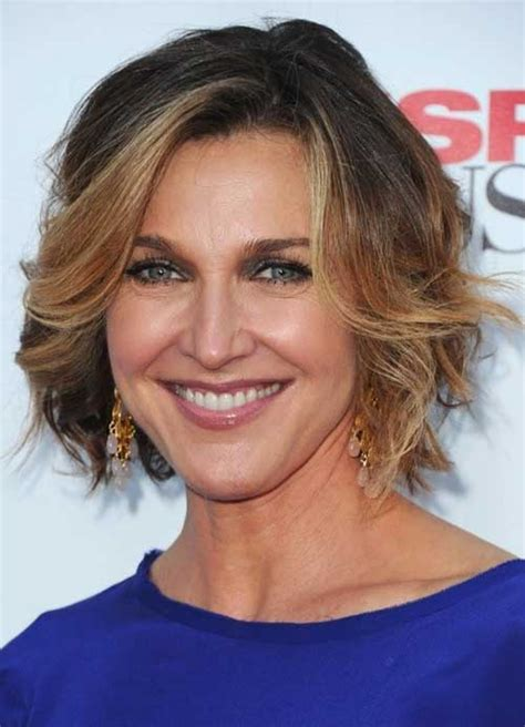 Hairstyles For 50 With Wavy Hair by 15 Haircuts For Wavy Hair 50 Hairstyles