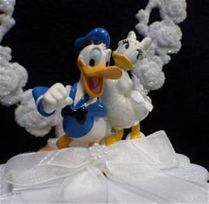 Donald Duck Daisy DISNEY LOT Wedding Cake topper Knife ...