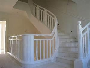 Wunderbare Treppengelnder Holz Wei Im Zusammenhang Mit