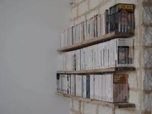 Bibliothèque Livre De Poche : d co des tag res pour livres de poche par alittlepieceof ~ Teatrodelosmanantiales.com Idées de Décoration
