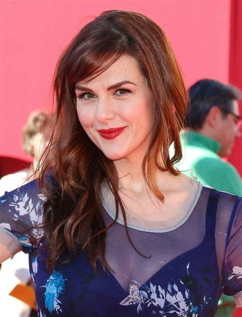 sara rue acting career the real life cast of the big bang theory on and off set