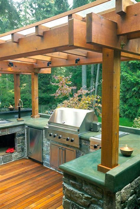 square foot  level deck outdoor kitchen  firepit complete