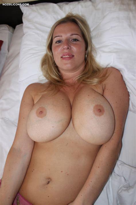 Natural Busty Blonde Amateur