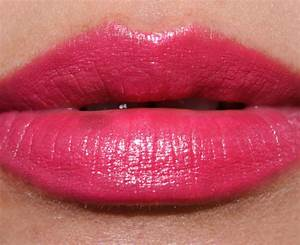 MAC Speak Louder Cremesheen Lipstick Review, Photos, Swatches
