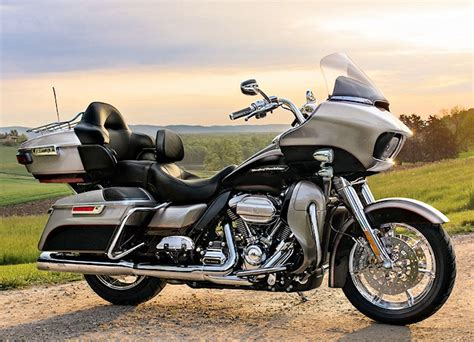 Harley Davidson Road Glide Ultra Image by Harley Davidson 1746 Road Glide Ultra Fltru 2017 Fiche