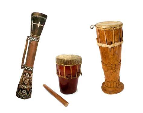 Gendang merupakan alat musik tradisional yang memiliki jenis suara membranofon. Sejarah Alat Musik Tifa ~ SEMUA TENTANG MUSIK
