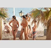 Naked Teens Play Together At A Public Beach Pichunter